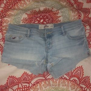 Hollister size 1 jean shorts